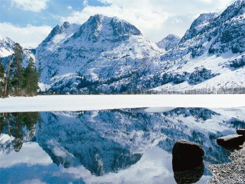 wallpaper-landscape-winter-mountains-lake-reflection-librofilia