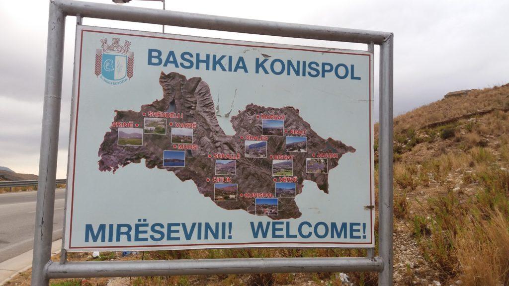 Il valico di frontiera di Qafë Botë – Sagiada Mavromati, che divide Grecia e Albania.